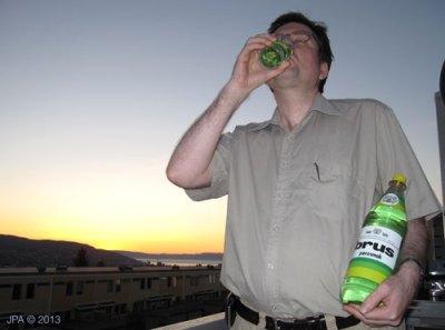 Eg drikk pærebrus.
